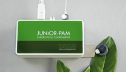 JUNIOR-PAM with magnetic leaf-clip on swivel-type support