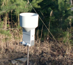 ML-ERi MiniLog paired with a Rain Gauge
